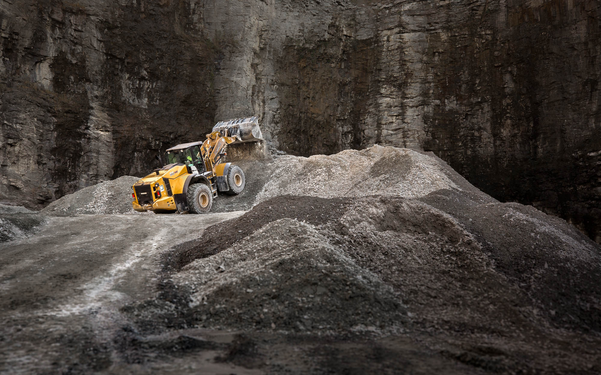 Front end loader in Atlanta quarry