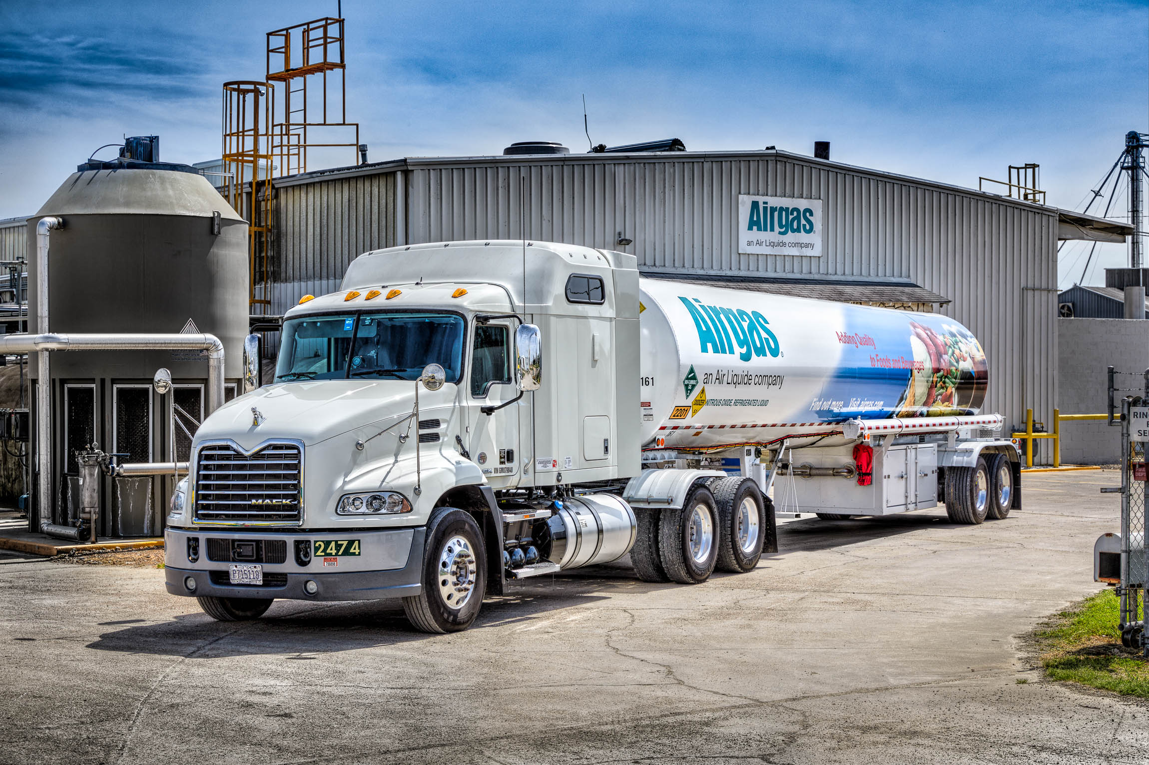 Specialty Gas Truck on Location in Atlanta by Industrial Photographer
